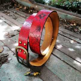 A Fleur de Peau Belt - red pepper color