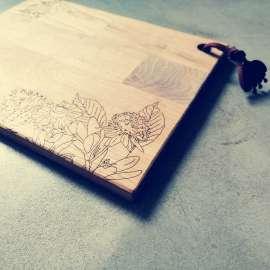 Cutting board : « A fleur de peau »