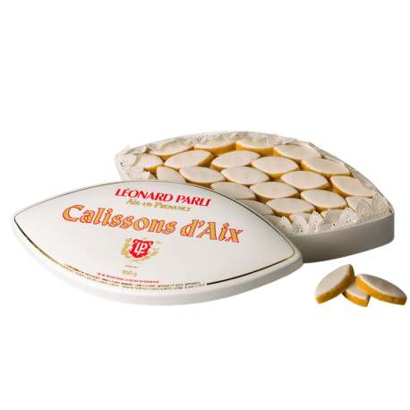 Calissons d'Aix - the traditional box